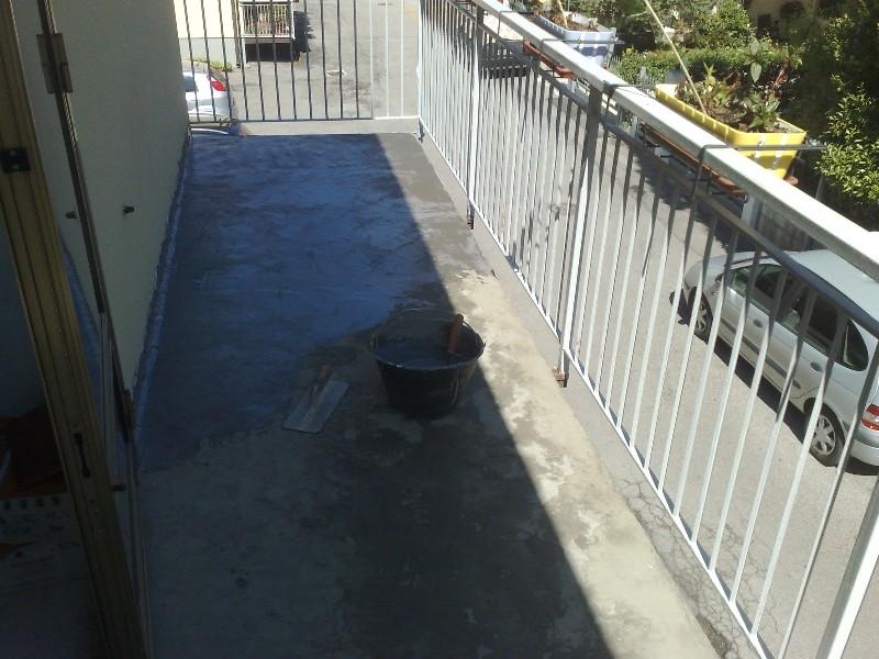 Infiltrazioni acqua terrazzi ricerca perdite su lastrico solare